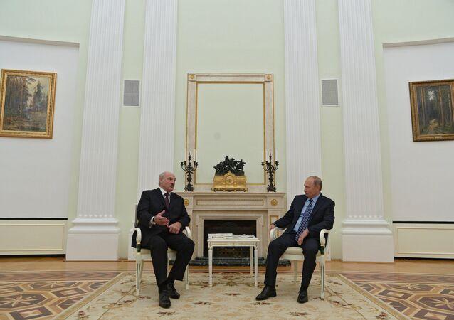 President Vladimir Putin's working meeting with Belarusian President Alexander Lukashenko, November 22, 2016.