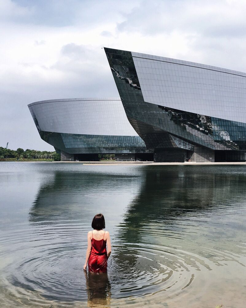 China We Haven't Seen Before: Artist Discovers the Secrets of the Orient