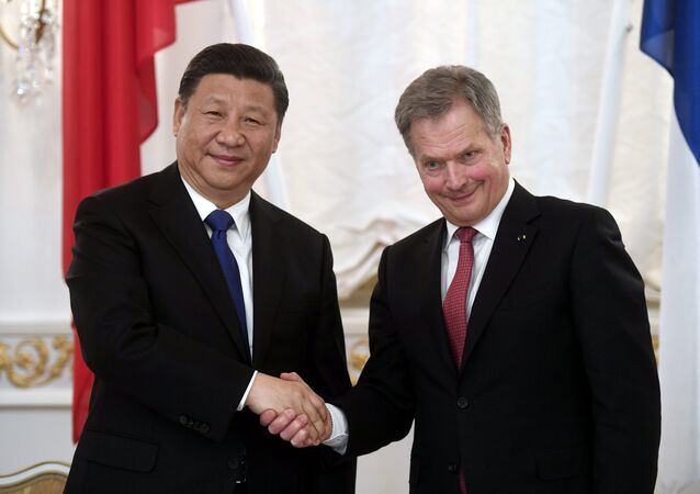 China's President Xi Jinping and Finland's President Sauli Niinisto shake hands during the signing ceremony at the Presidential Palace in Helsinki, Finland April 5, 2017.