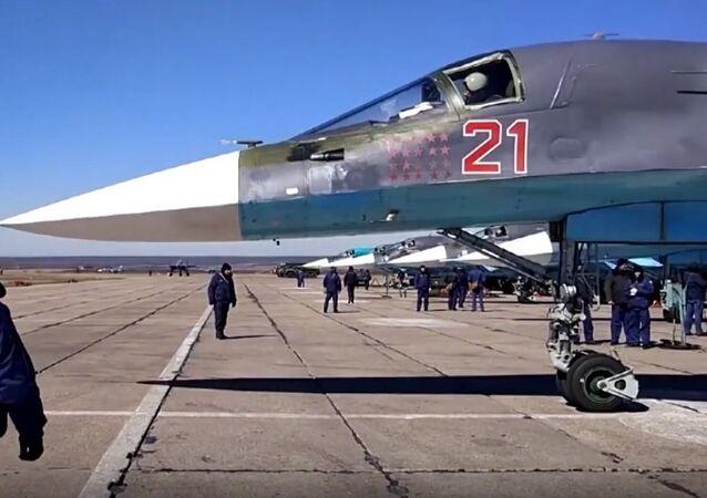 Russia's Su-34 Pilots Practice Precise Bombing