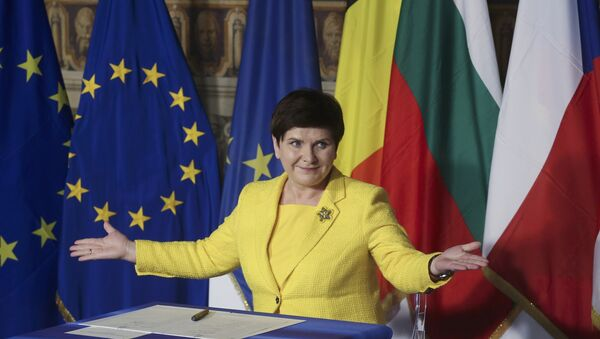 Poland's Prime Minister Beata Maria Szydlo reacts after signing document during the EU leaders meeting on the 60th anniversary of the Treaty of Rome, in Rome, Italy March 25, 2017. - Sputnik International