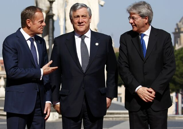 (from L to R) European Council President Donald Tusk, European Parliament President Antonio Tajani and Italy's Prime Minister Paolo Gentiloni pose for a picture outside the city hall Campidoglio (Capitoline Hill) as EU leaders arrive for a meeting on the 60th anniversary of the Treaty of Rome, in Rome, Italy March 25, 2017.