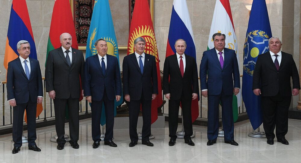 April 14, 2017. Russian President Vladimir Putin poses for photographs of the heads of state of the Collective Security Treaty Organization (CSTO) at the Ala-Archa residence in Bishkek. From left: President of Armenia Serzh Sargsyan, President of Belarus Alexander Lukashenko, President of Kazakhstan Nursultan Nazarbayev, President of Kyrgyzstan Almazbek Atambayev. Second right: President of Tajikistan Emomali Rahmon.