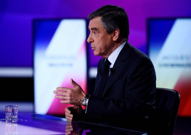 Francois Fillon, member of the Republicans political party and 2017 French presidential election candidate of the French centre-right, attends the France 2 television special prime time political show, 15min to Convince in Saint-Cloud, near Paris, France, April 20, 2017.