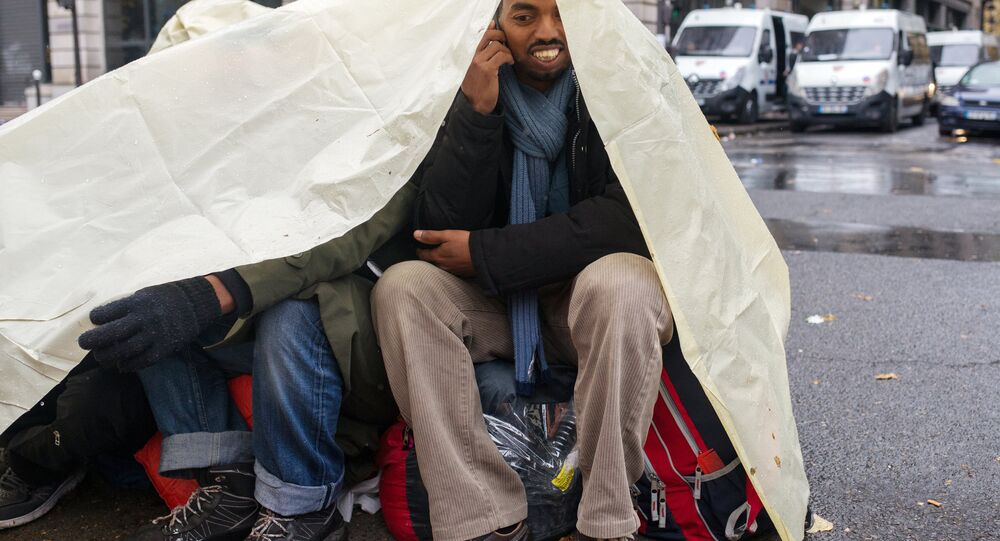 Migrant jungle camp cleared out in Paris