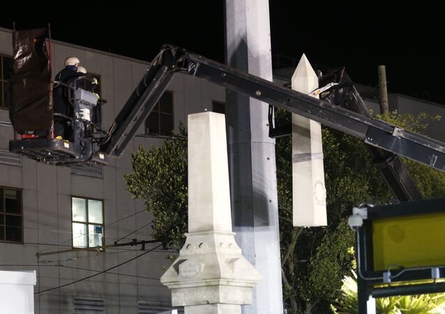 New Orleans Begins Taking Down Confederate Statues As Death Threats Target Workers