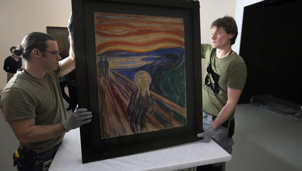 In this photo taken on Wednesday, March 18, 2015, employees present the painting The Scream by Edvard Munch, prior to it being exhibited, at the Louis Vuitton Foundation in Paris, France. - Sputnik International