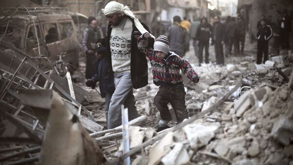 Man walks with a pair of children in hand hand through the rubble in Eastern Ghouta, Syria (File) - Sputnik International