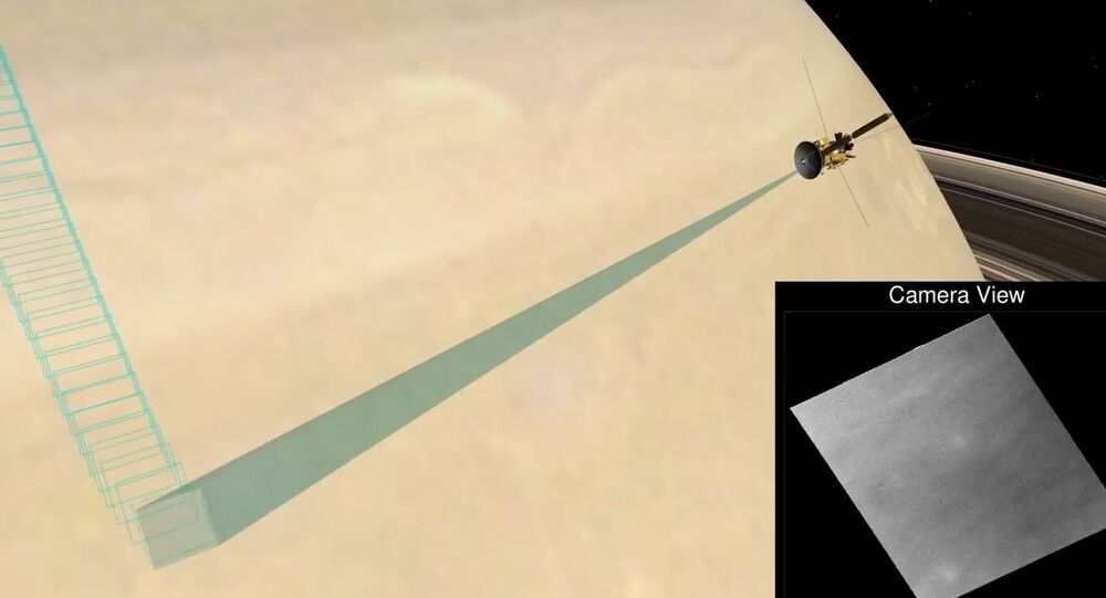 NASA: Cassini's First Fantastic Dive Past Saturn