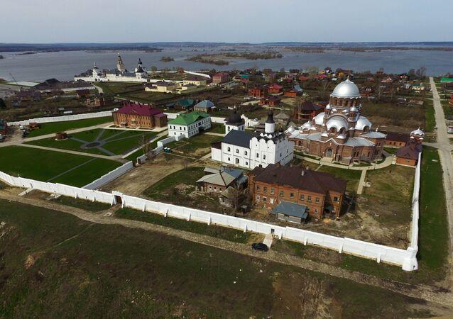 Island village Sviyazhsk