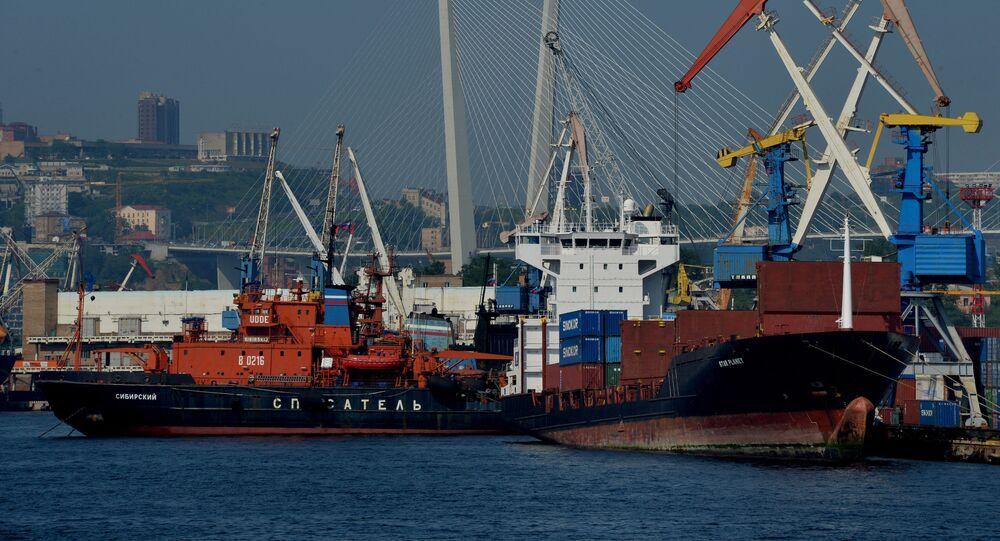 Ships near a pier in Zolotoi Rog Bay in Vladivostok. File photo