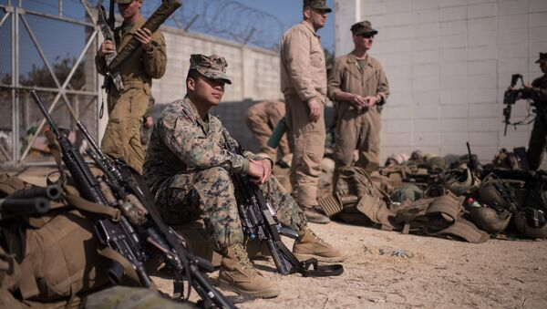 In a photo taken on March 15, 2016 US soldiers of the 13th and 31st Marine Expeditionary Units gather after arriving on shore during a joint military exercise with South Korea entitled 'Ssang Yong', near the southeastern port city of Pohang - Sputnik International