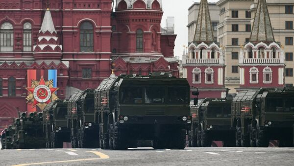 Iskander shorter-range missile systems at the military parade devoted to the 72nd anniversary of Victory in the Great Patriotic War, on the Red Square in Moscow. - Sputnik International