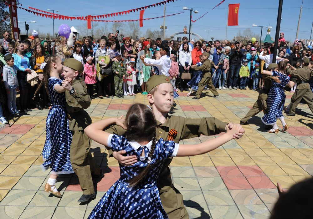 From the Red Square to Airbase in Syria: Russia Celebrates WII Victory Day
