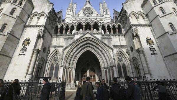 In this Thursday Nov. 3, 2016 file photo media gather outside the High Court in London - Sputnik International