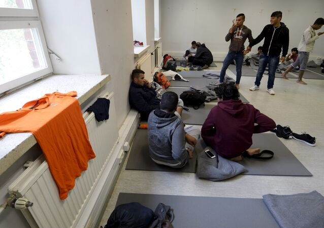 Asylum seekers in refugee centre located in the former military barracks in Hennala in Lahti, Finland (File)