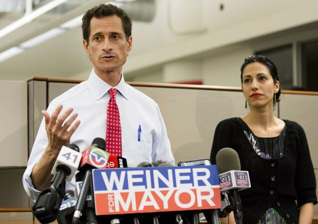 Anthony Weiner during his Mayoral bid in 2013 alongside his wife, Huma Abedin.