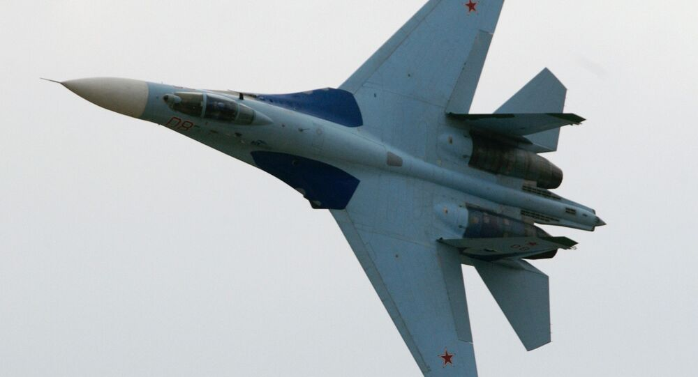SU-27 fighter demonstration flight