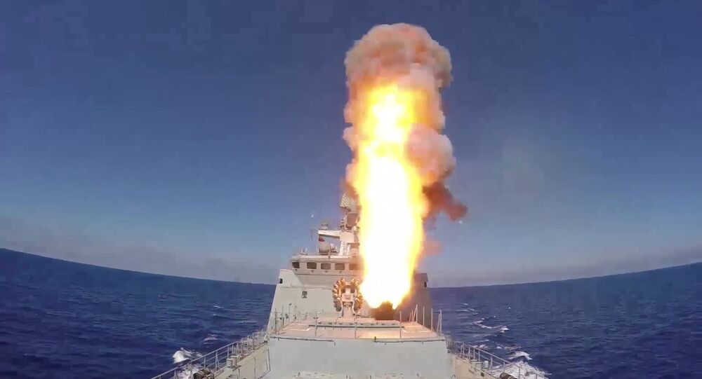 Russian frigate Admiral Essen launches Kalibr cruise missiles at ISIS facilities (the Islamic State international terrorist organization banned in Russia) near Palmyra.