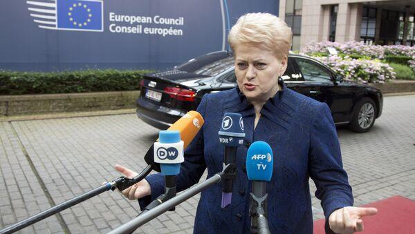 Lithuanian President Dalia Grybauskaite speaks with the media as she arrives for an EU summit in Brussels on Wednesday, June 29, 2016. - Sputnik International