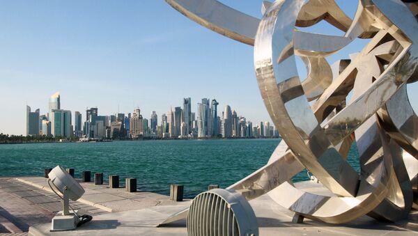 Buildings are seen from across the water in Doha, Qatar June 5, 2017. - Sputnik International