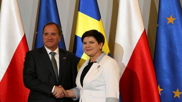 Poland's Prime Minister Beata Szydlo meets Sweden's Prime Minister Stefan Lofven in Warsaw, Poland June 20, 2017 - Sputnik International