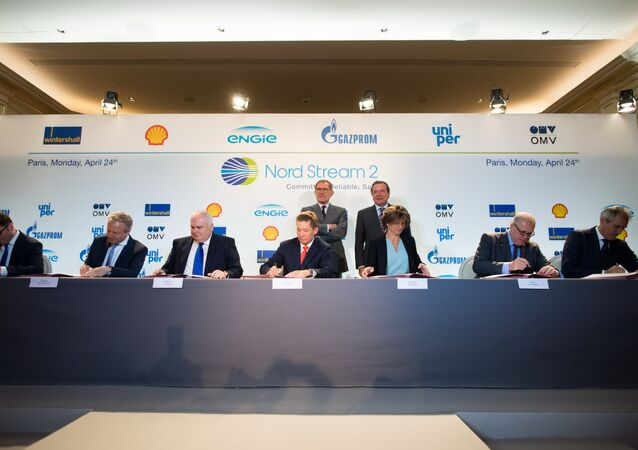 Officials from Wintershall Holding GmbH, Shell, Nord Stream 2 AG, Gazprom, ENGIE SA, Uniper SE and OMV AG signing the financing agreement for the Nord Stream 2 pipeline project.