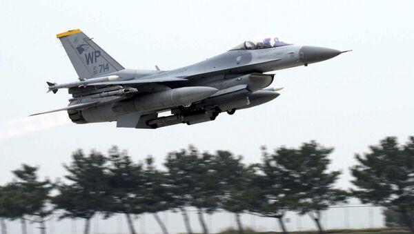 US Air Force's F-16 fighter jet - Sputnik International