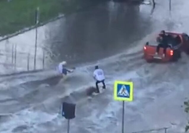 Meanwhile in Russia: Wakeboarding in the City