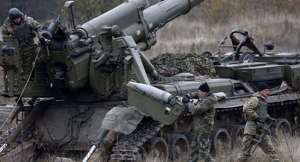 Ukrainian artillerists take part in command-and-staff exercises Frontier-2016 on the military range Divycky some 75 km southeast of Kiev, Ukraine. (File)