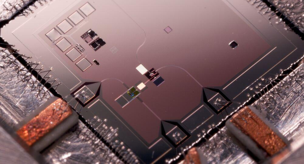 Qubit Mechanical Resonator