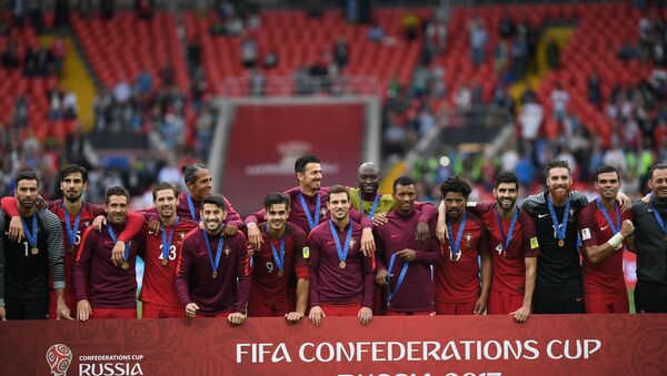 Members of Portugal's national team during the award ceremony after winning the 2017 FIFA Confederations Cup third-place match between Portugal and Mexico - Sputnik International