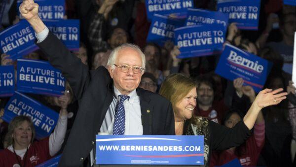 Bernie Sanders Iowa - Sputnik International