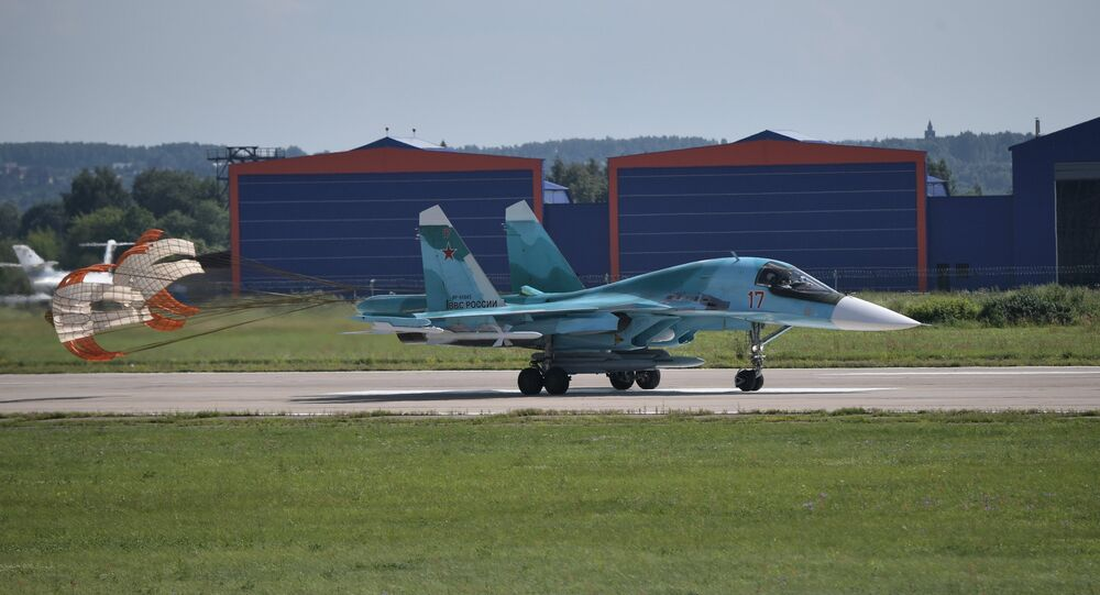 An Sukhoi Su-34 multirole fighter jet lands at the the International Aviation and Space Salon MAKS 2017 in Zhukovsky, Moscow Region.