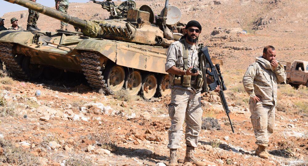 Hezbollah fighters in Jarod Arsal