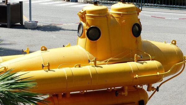Submarine - Sputnik International