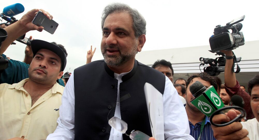 Pakistan's former Petroleum Minister and Prime Minister designate Shahid Khaqan Abbasi arrives to attend the National Assembly session in Islamabad, Pakistan August 1, 2017