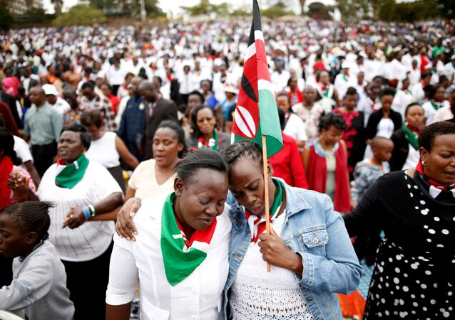 Kenyans pray during a rally calling for peace ahead of Kenya's August 8 election in Nairobi, Kenya July 30, 2017.