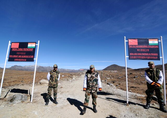 Indian Army personnel keep vigilance at Bumla pass at the India-China border in Arunachal Pradesh. (File)