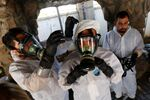 Syrian medical staff take part in a training exercise to learn how to treat victims of chemical weapons attacks, in a course organized by the World Health Organisation (WHO) in Gaziantep, Turkey, July 20, 2017
