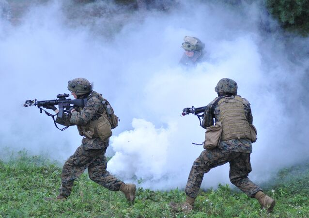 US and Lithuanian servicemen demonstrate their skills