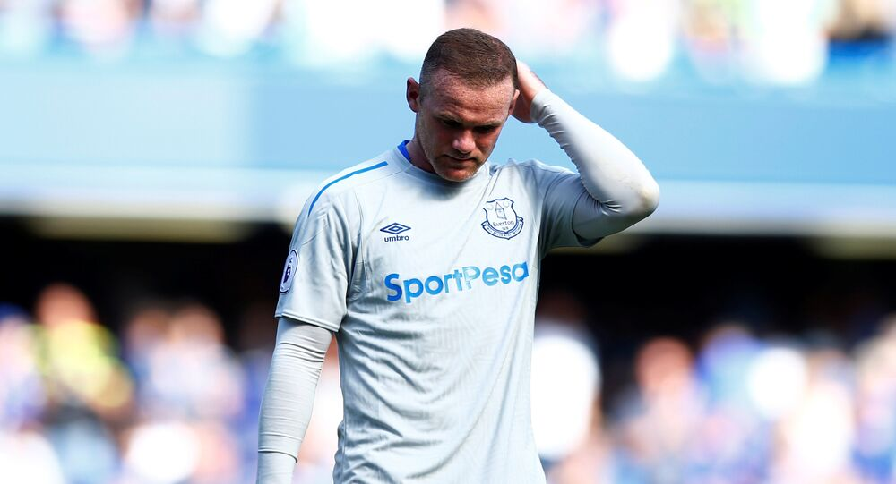 Football Soccer - Premier League - Chelsea vs Everton - London, Britain - August 27, 2017 Everton's Wayne Rooney looks dejected after the match