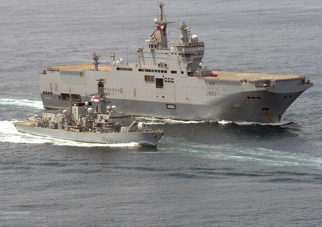 HMS Argyll with the French Ship FS Mistral