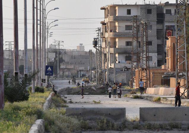 A street in Deir ez-Zor
