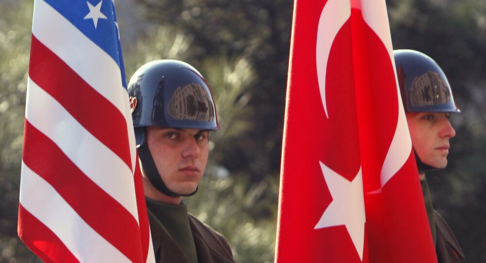 Turkish guards of honor stand with U.S. and Turkish flags (File)
