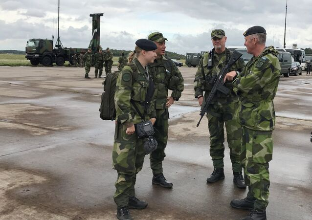 Sweden's soldiers attend the Aurora 17 military exercise in Gothenburg, Sweden, 13 September 2017