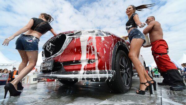 Russian Girls at a Car Show (51 pics) - Izismile.com