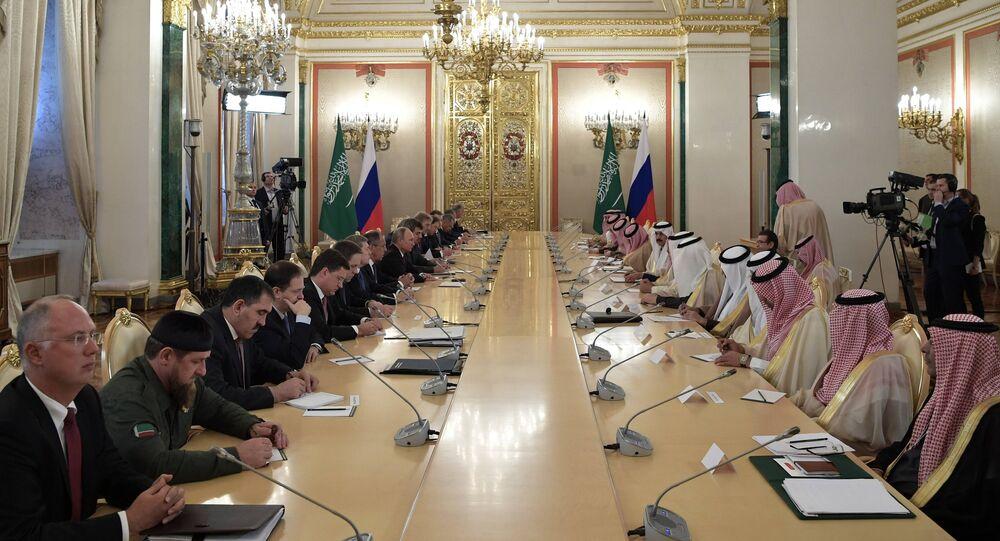 Russian President Vladimir Putin and King Salman bin Abdulaziz Al Saud of Saudi Arabia during Russian-Saudi negotiations