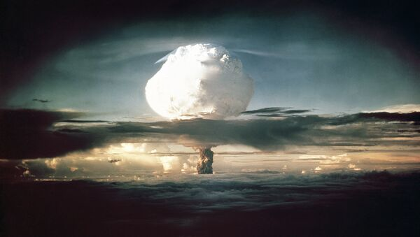 The mushroom cloud from Ivy Mike (codename given to the test) rises above the Pacific Ocean over the Enewetak Atoll in the Marshall Islands on November 1, 1952 at 7:15 am (local time) - Sputnik International