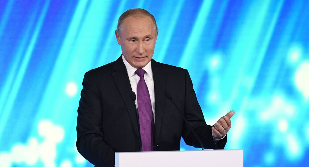 Russian President Vladimir Putin takes part in final plenary session of Valdai International Discussion Club meeting